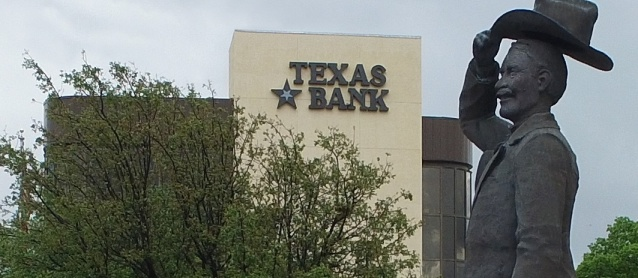 Main Bank Building and Statue